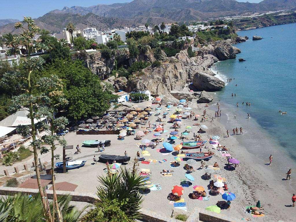 Playa-Calahonda-Nerja-2